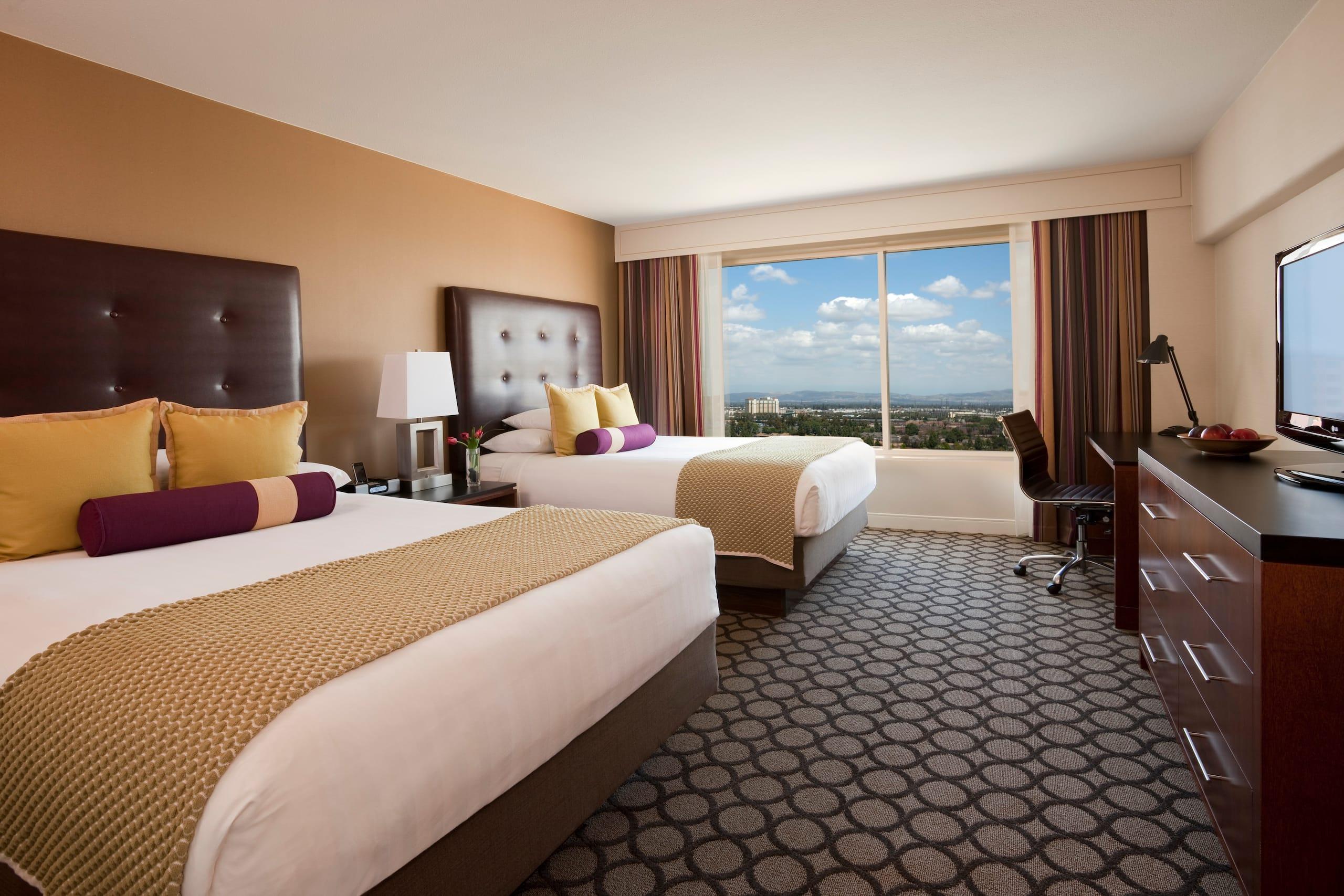 Anaheim Hotel Near Disneyland® | Hyatt Regency Orange County