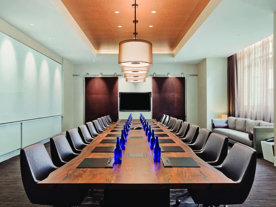 Hyatt Regency Wichita Enterprise Boardroom