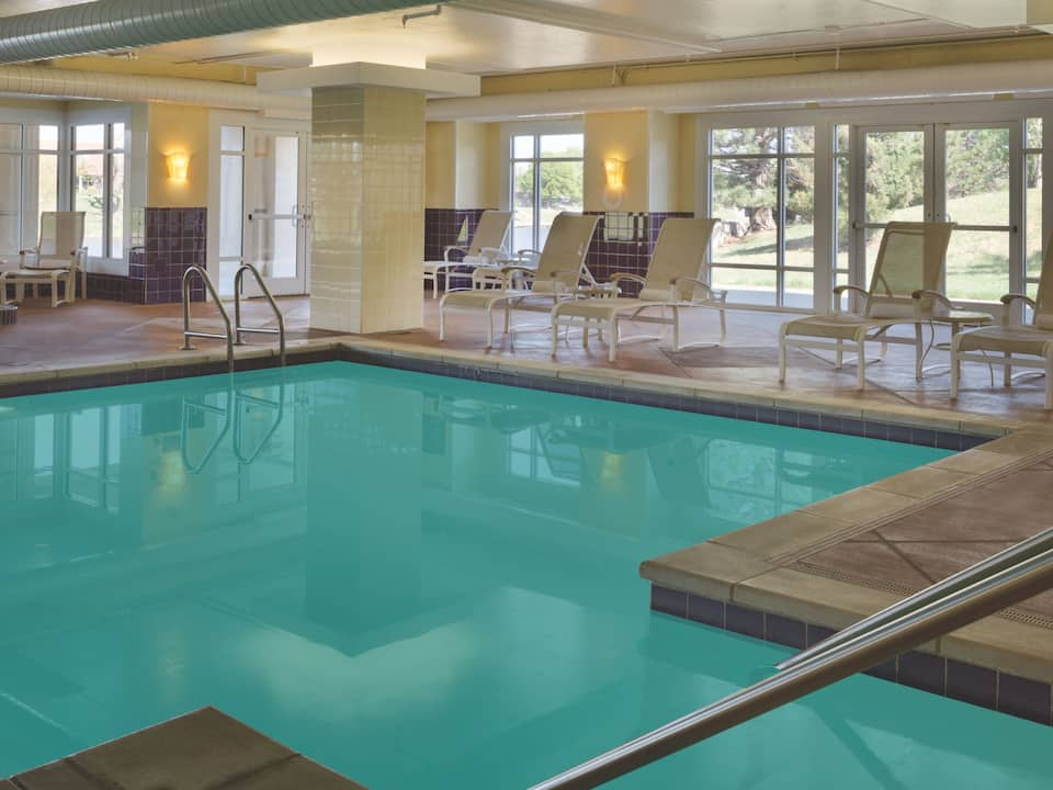 Indoor heated pool in Wichita-Hyatt Regency Wichita