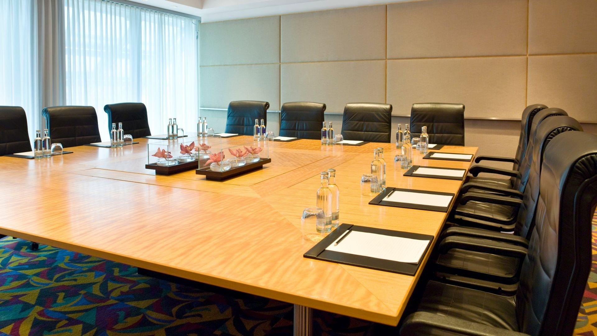 Mainz Boardroom Setup