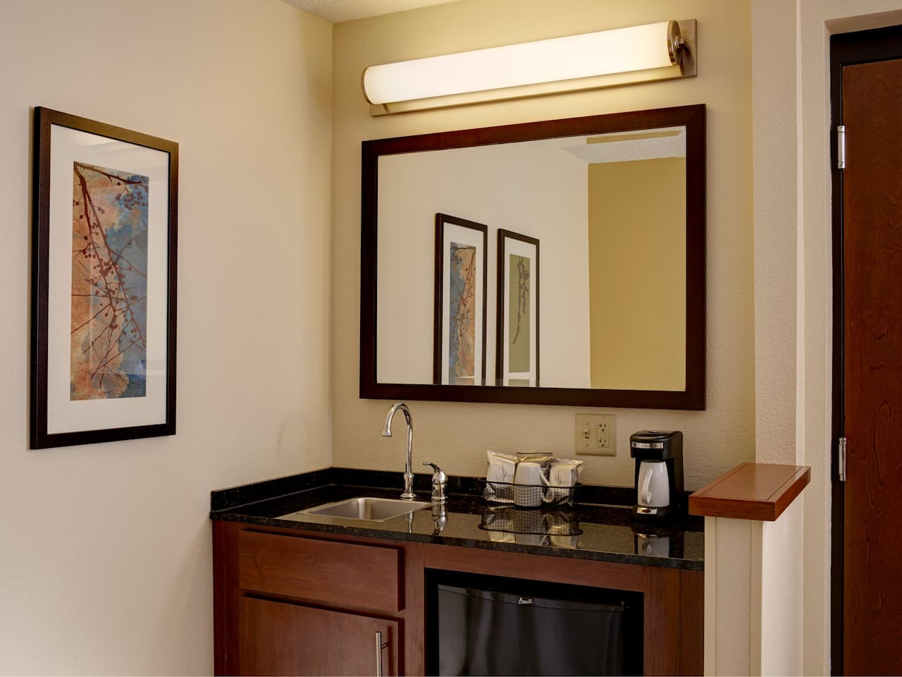 Hyatt Place Kansas City Airport Conversion Wet Bar