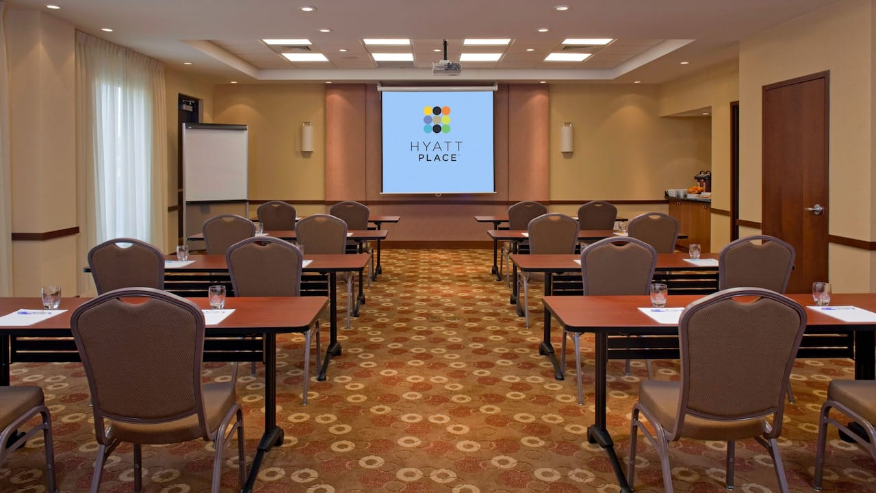 Hyatt Place Nashville /Hendersonville meeting room