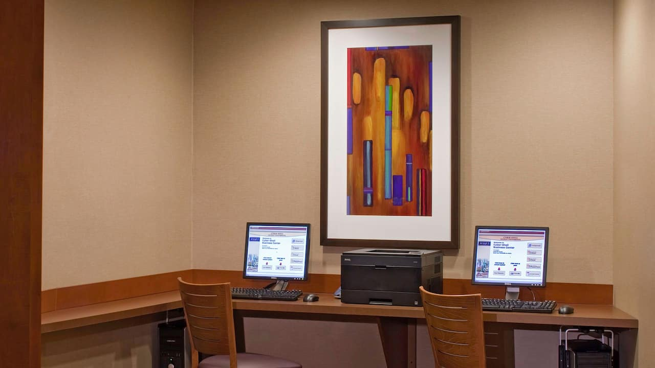 Business Center Hyatt Place East Moline/Quad Cities
