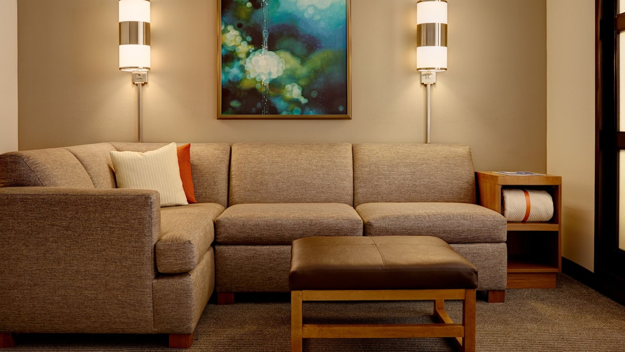 Salt Lake City Hotel Rooms with Sofabeds – Hyatt Place Salt Lake City/Downtown/The Gateway
