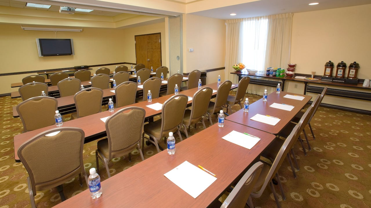 Hyatt Place Las Vegas Meeting Space
