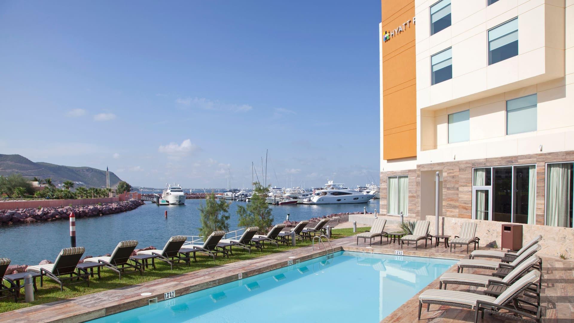 Aprovecha al máximo tu estadía - explora las tarifas y paquetes especiales de nuestro hotel.
