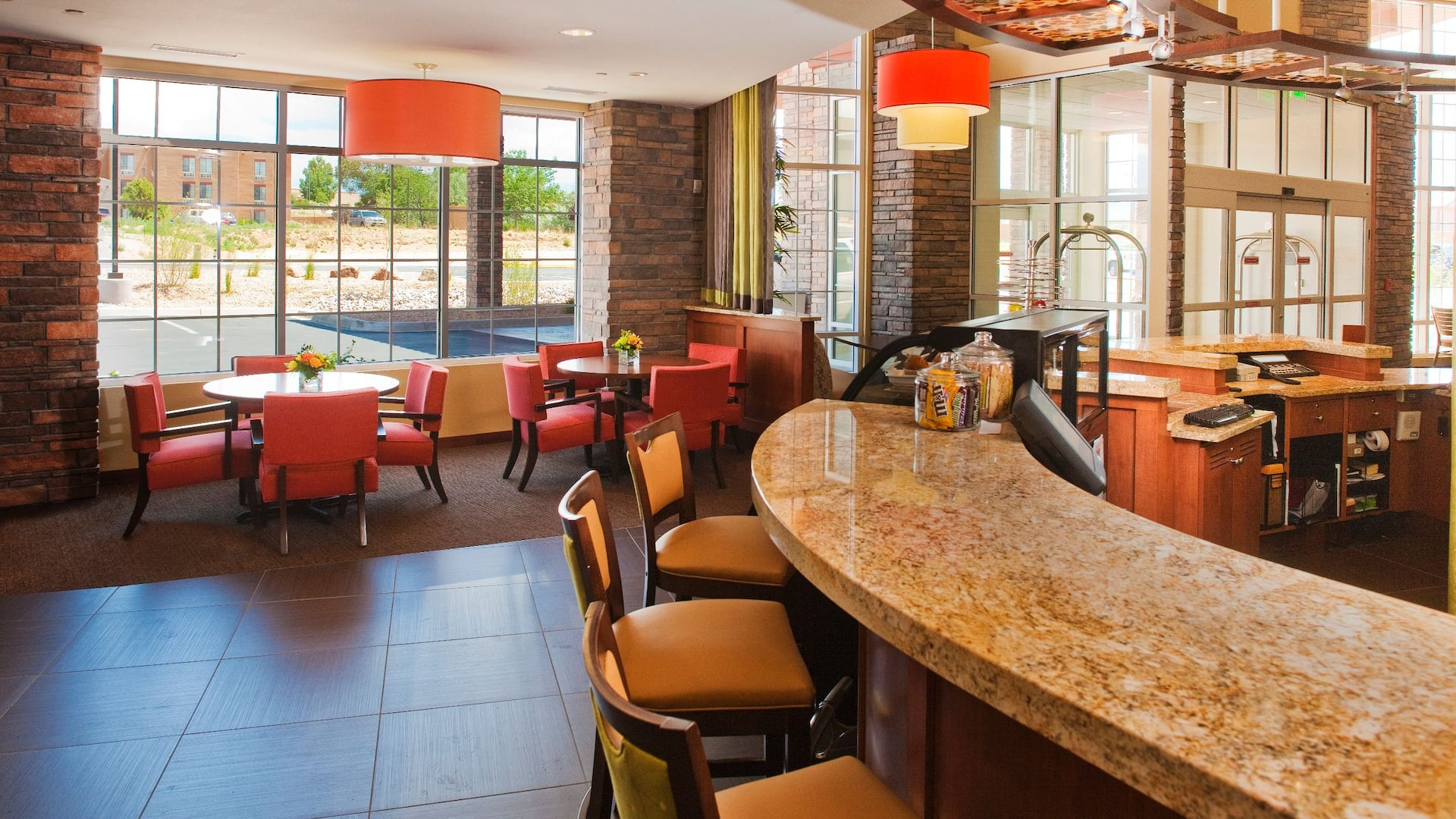 hyatt hotel lobby bar