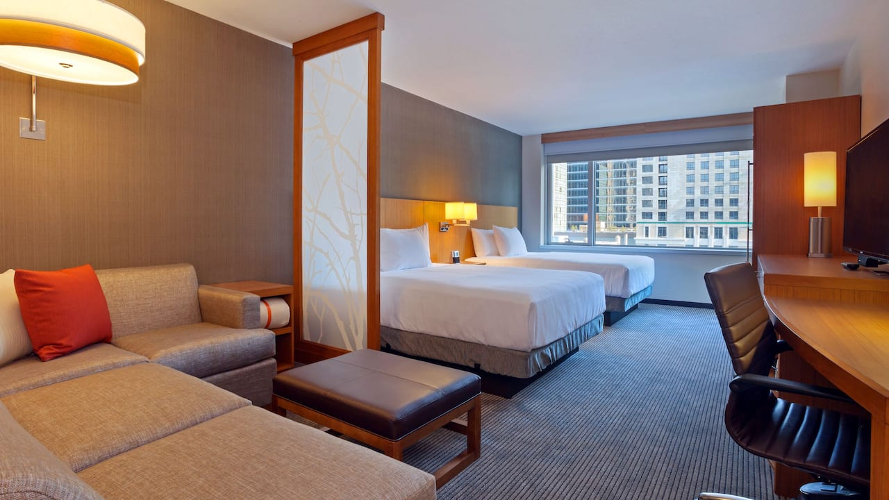 Room with Queen Beds Hyatt Place Chicago/River North