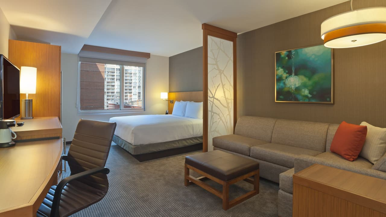Hotels Room Near Merchandise Mart Hyatt Place Chicago/River North