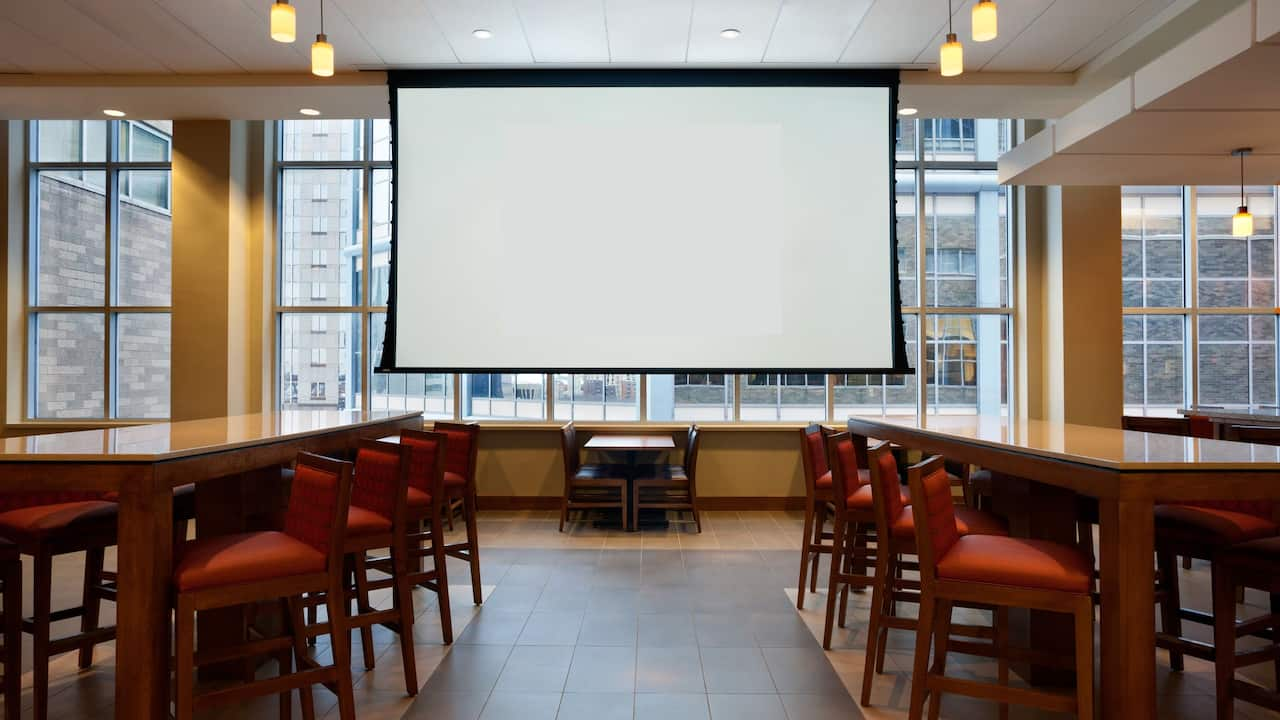 Hyatt Place Downtown Minneapolis Bakery Cafe screen