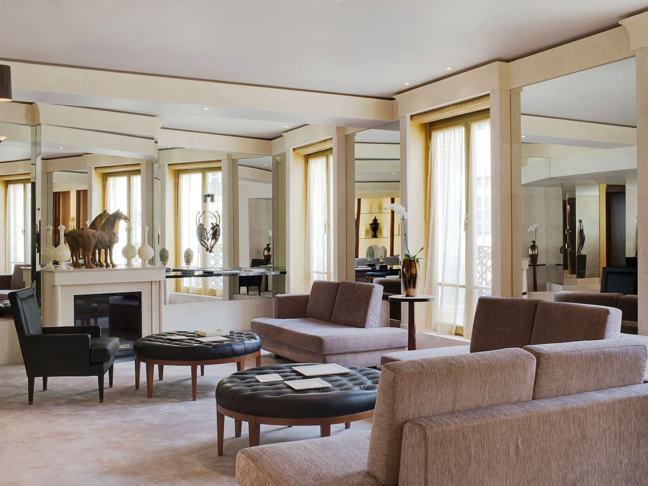 Ambassador Suite at Hotel Park Hyatt Paris-Vendôme