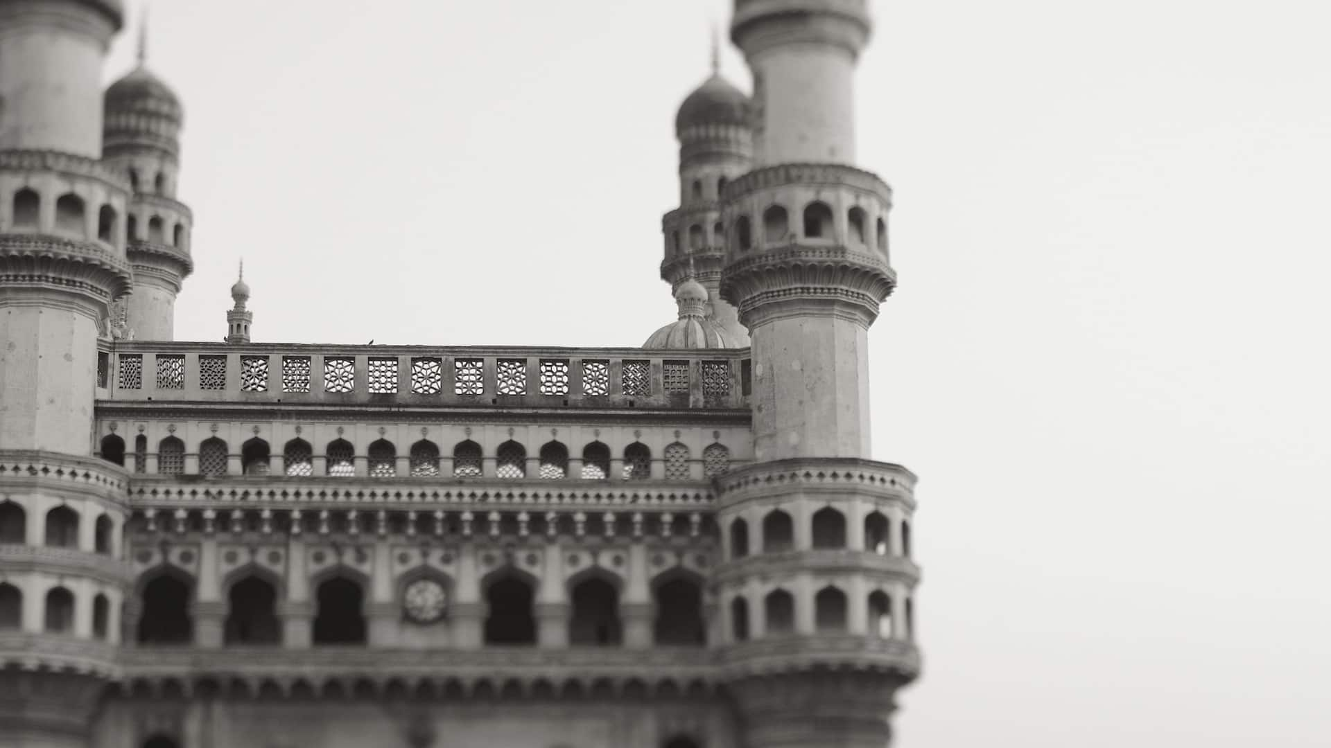 Sight Seeing in Hyderabad - Char Minar