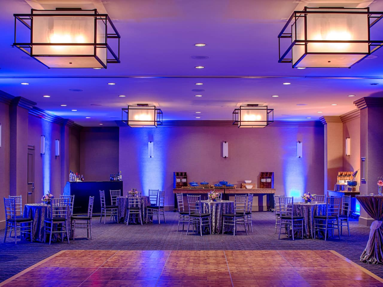 Banquet Set-Up Blue
