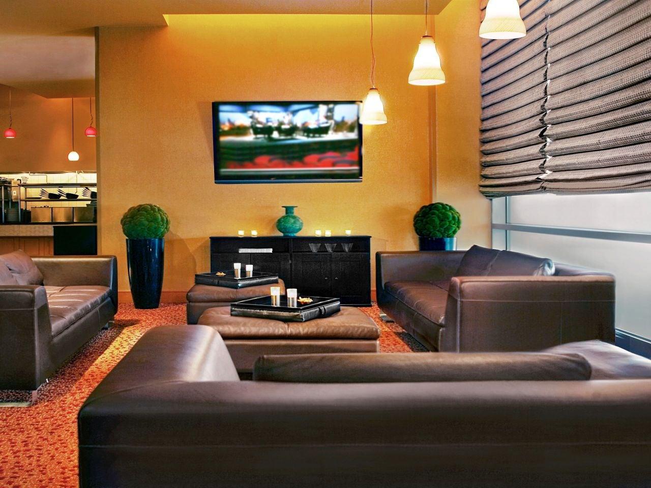 Hyatt Rosemont Networks Lounge