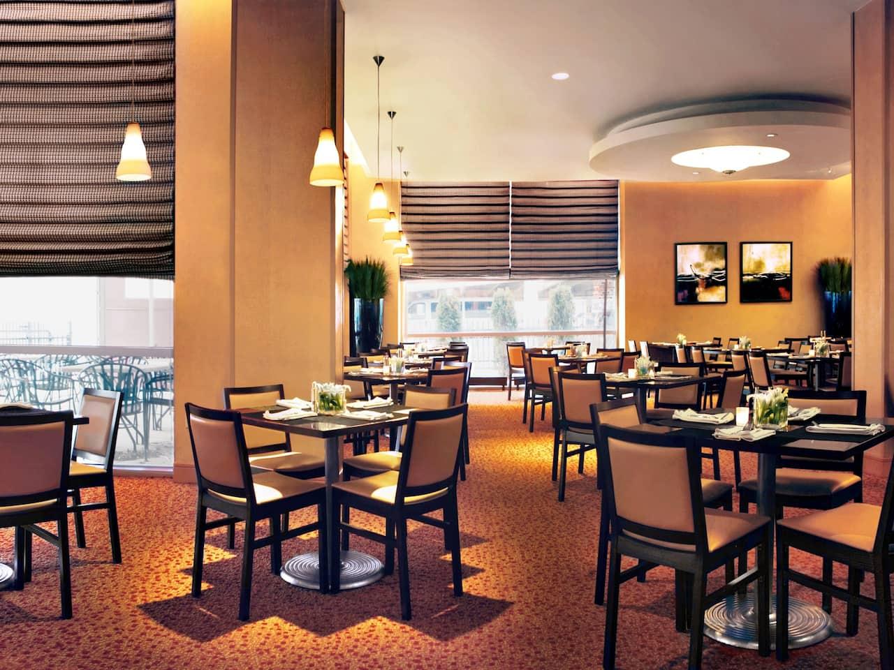 Hyatt Rosemont Networks Restaurant