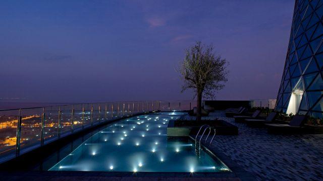 Hyatt Capital Gate Abu Dhabi Pool