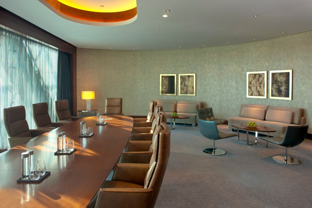 Meeting room Andaz Abu Dhabi