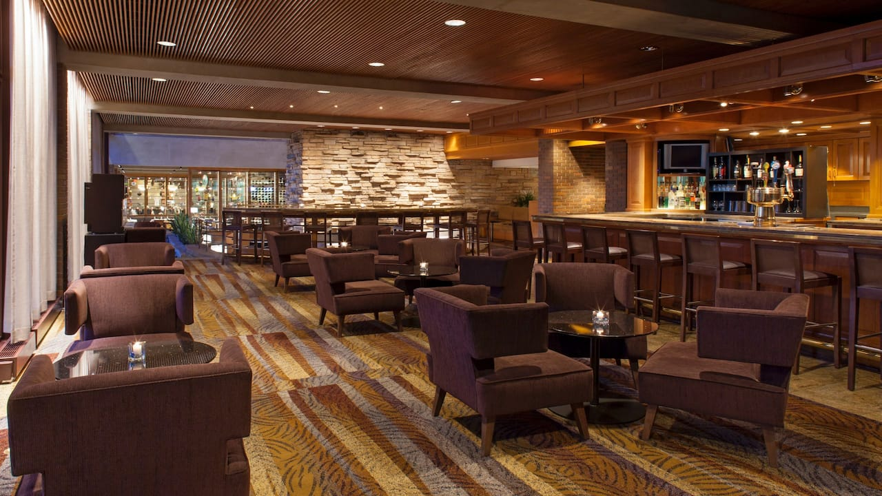 Hyatt Lodge at McDonald's Campus Hearth Lounge