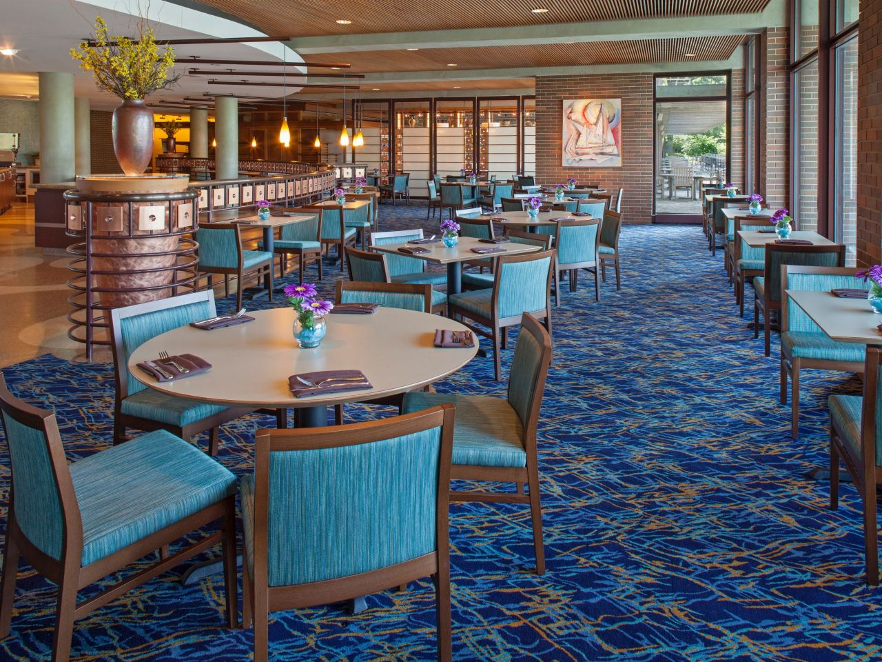 Hyatt Lodge at McDonald's Campus - Oak Brook | Enjoy Illinois