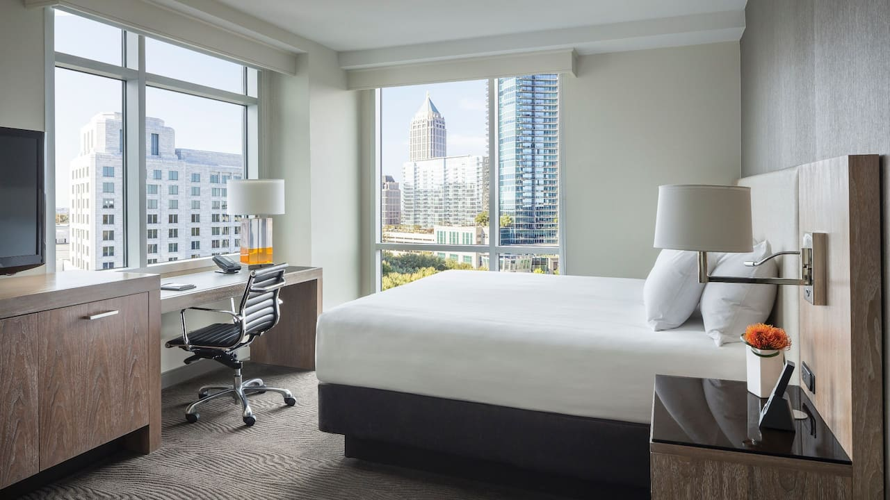Corner King Bedroom