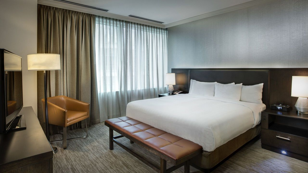 Hotel Rooms On Michigan Avenue Hyatt Centric Chicago Magnificent Mile