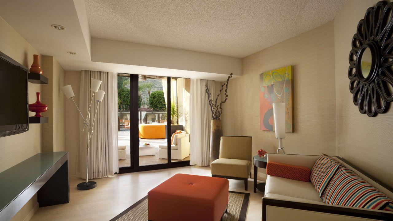 Hyatt Palm Spring Cabana Suite