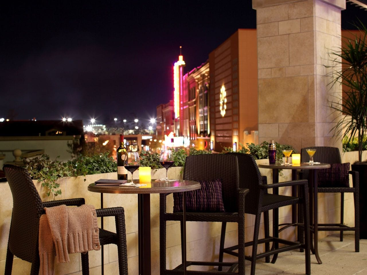 Hyatt Centric The Woodlands | Terrace Seating