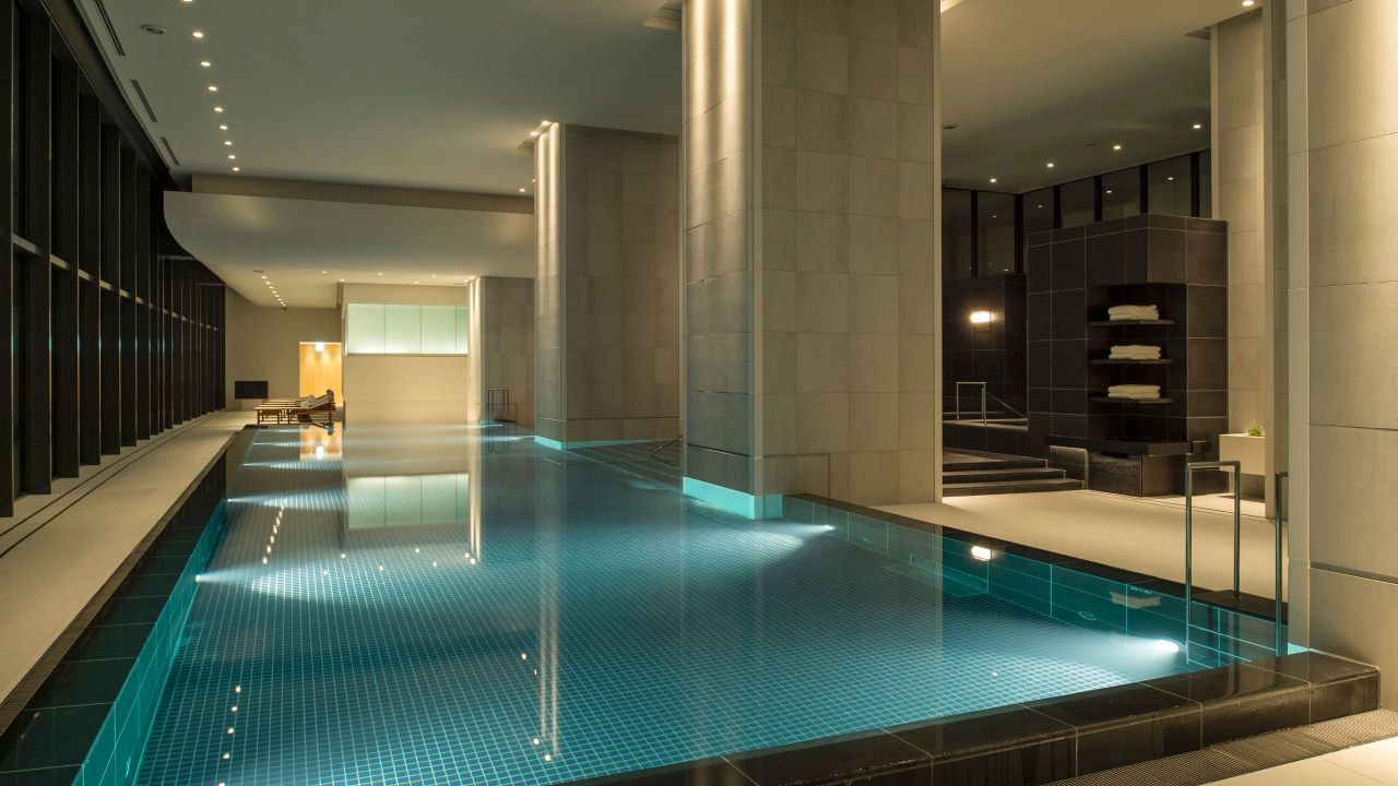 Andaz Tokyo Toranomon Hills, spa and fitness center pool
