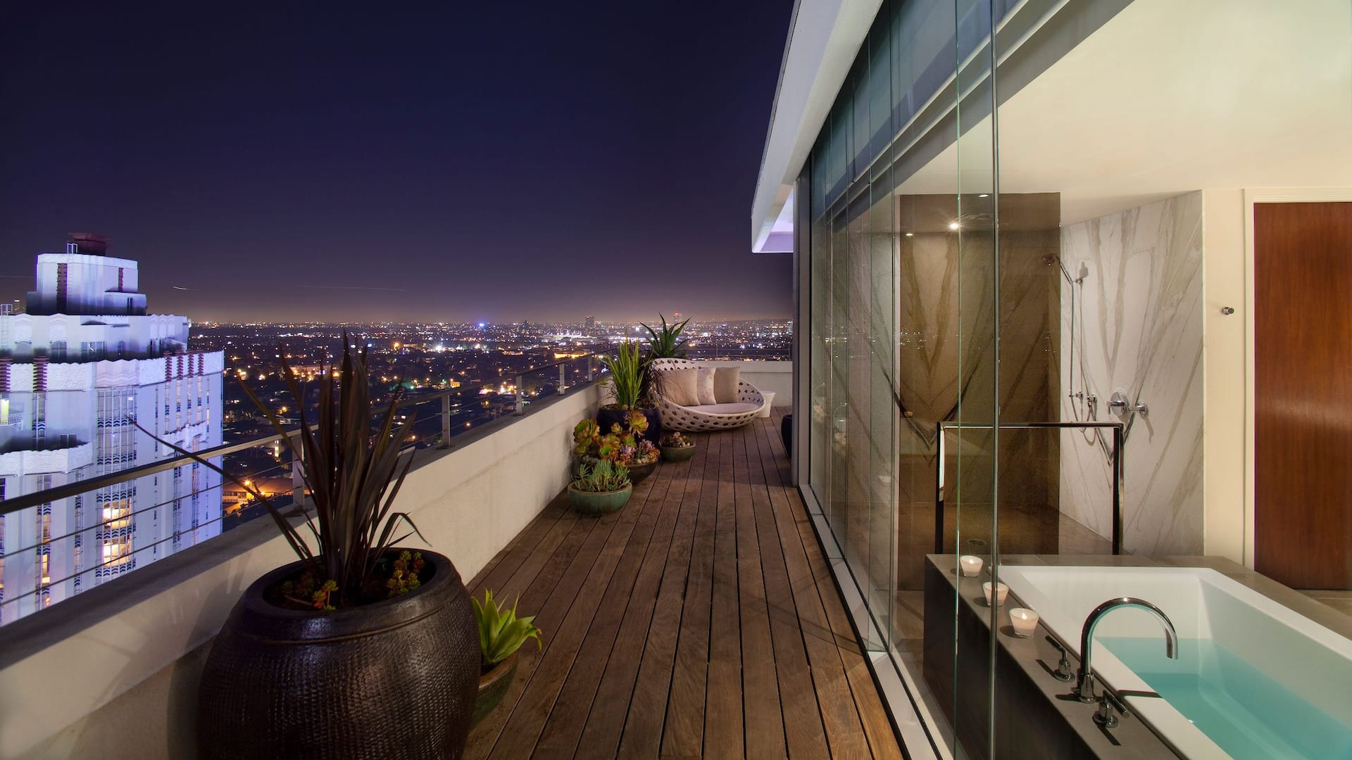 Penthouse Balcony Bathroom