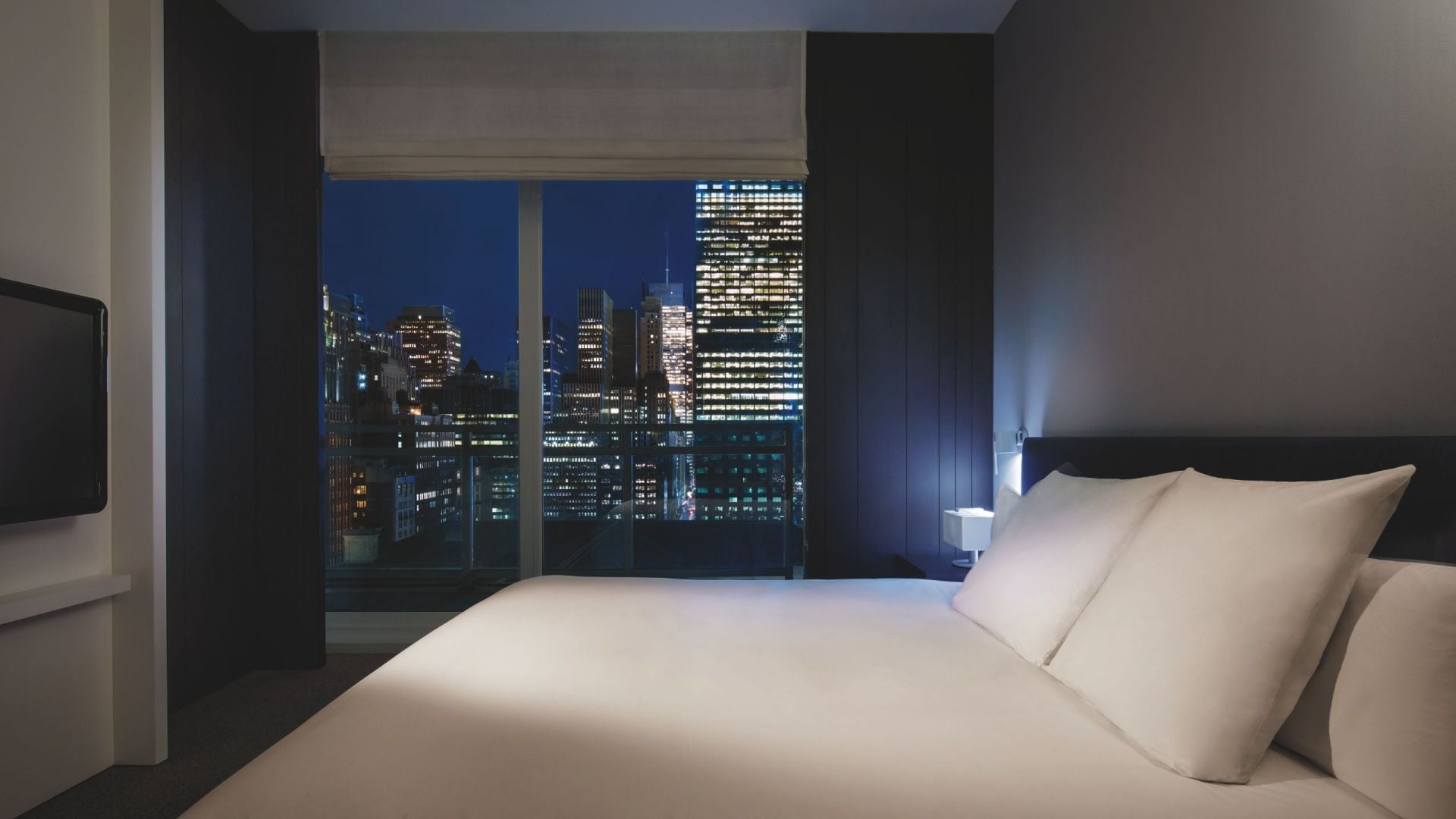 Andaz 5TH AVENUE King Bed