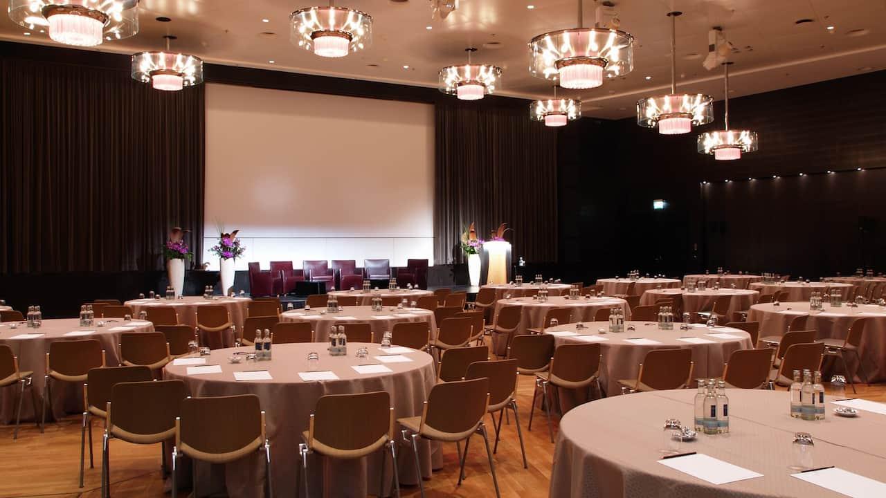 Pressekonferenzen im Grand Hyatt Berlin