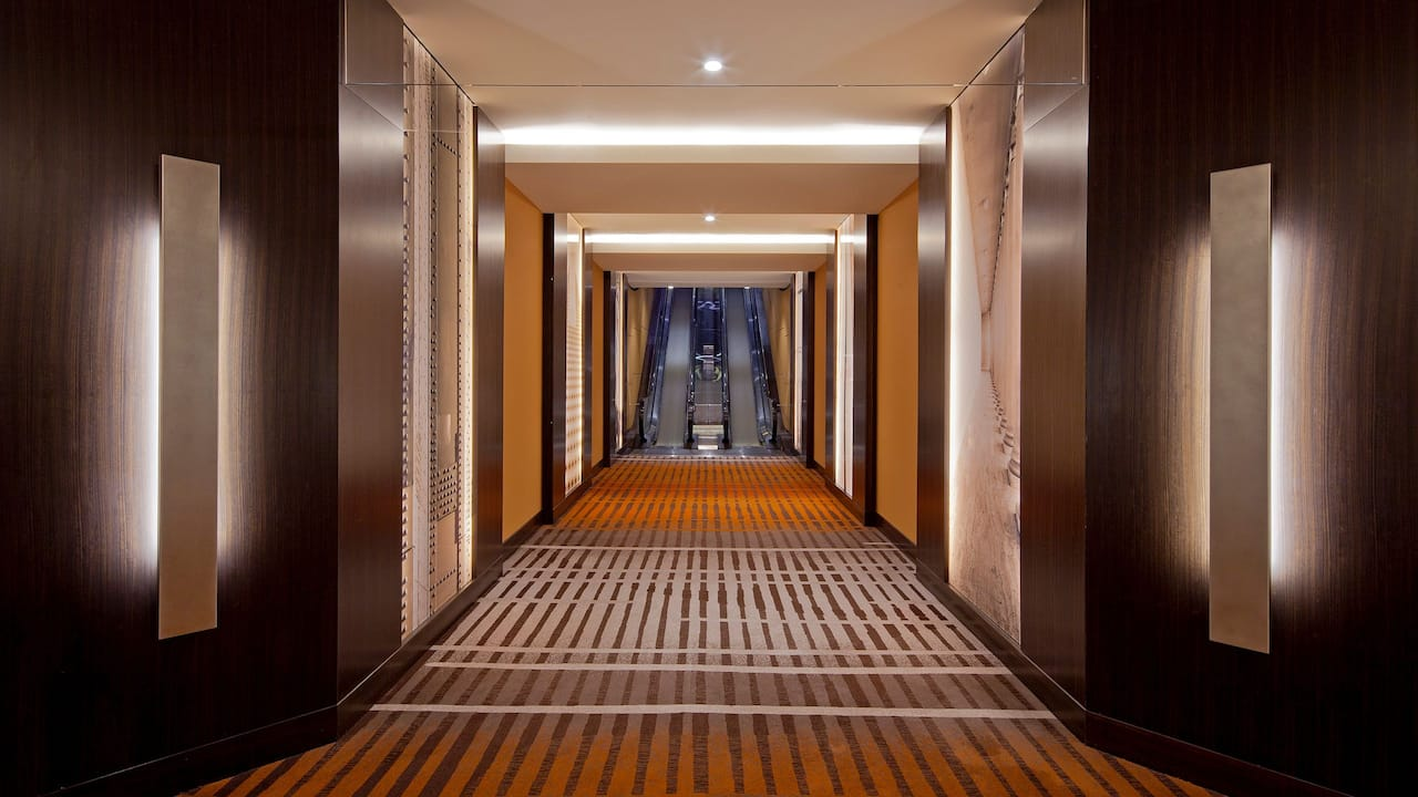 Grand Hyatt San Francisco Hallway