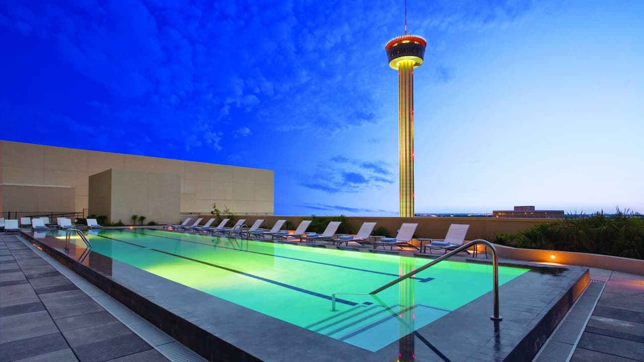 Rooftop Pool Grand Hyatt San Antonio