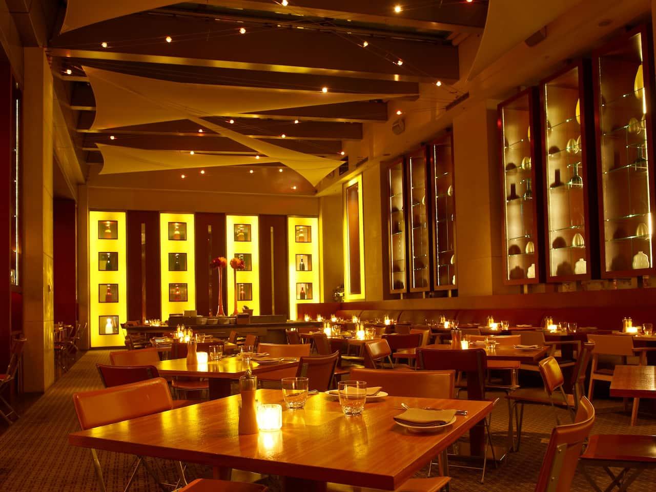 Fiorentina, Italian Café dining interior