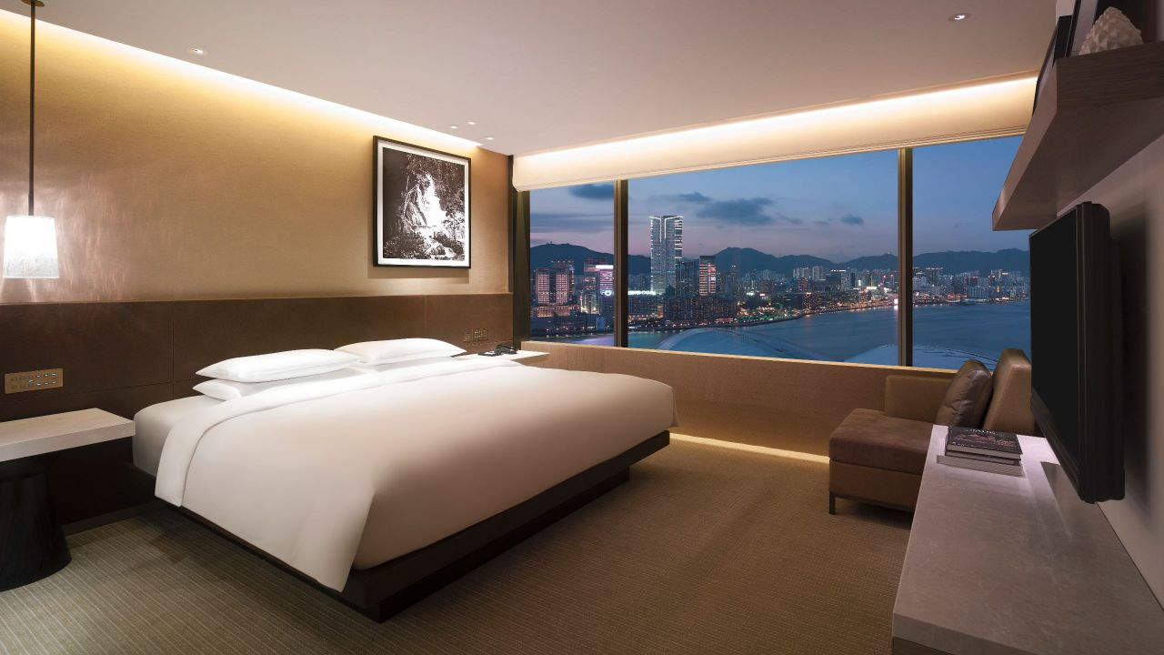 Grand Victoria Harbour Suite