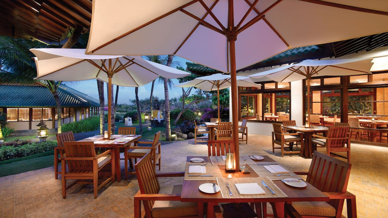 Garden Cafe Restaurant, Grand Hyatt Bali