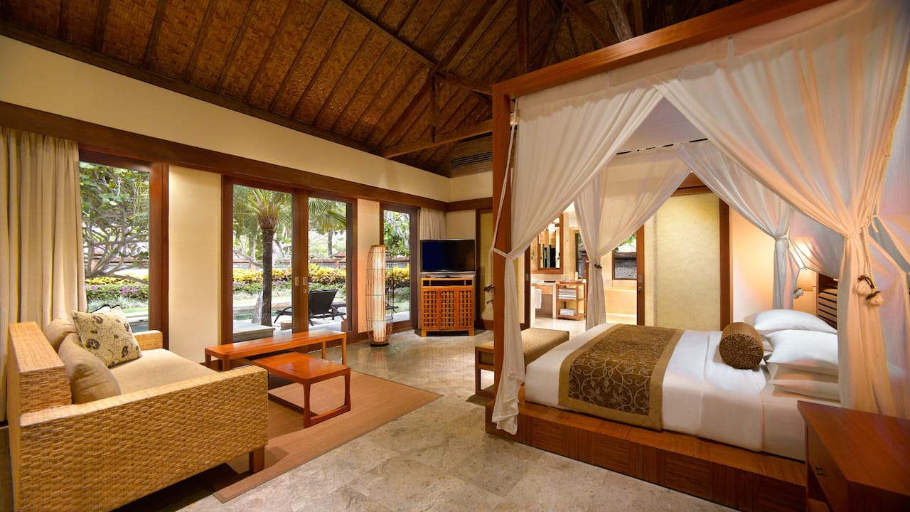 Grand Hyatt Bali Villa Tamlingan Master Bedroom