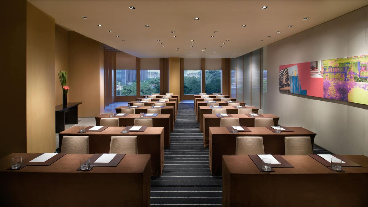 Meeting Room/Classroom