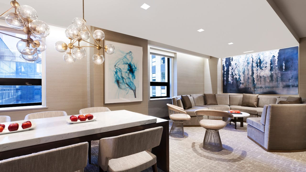 Grand Hyatt New York Bridal Suite Parlor