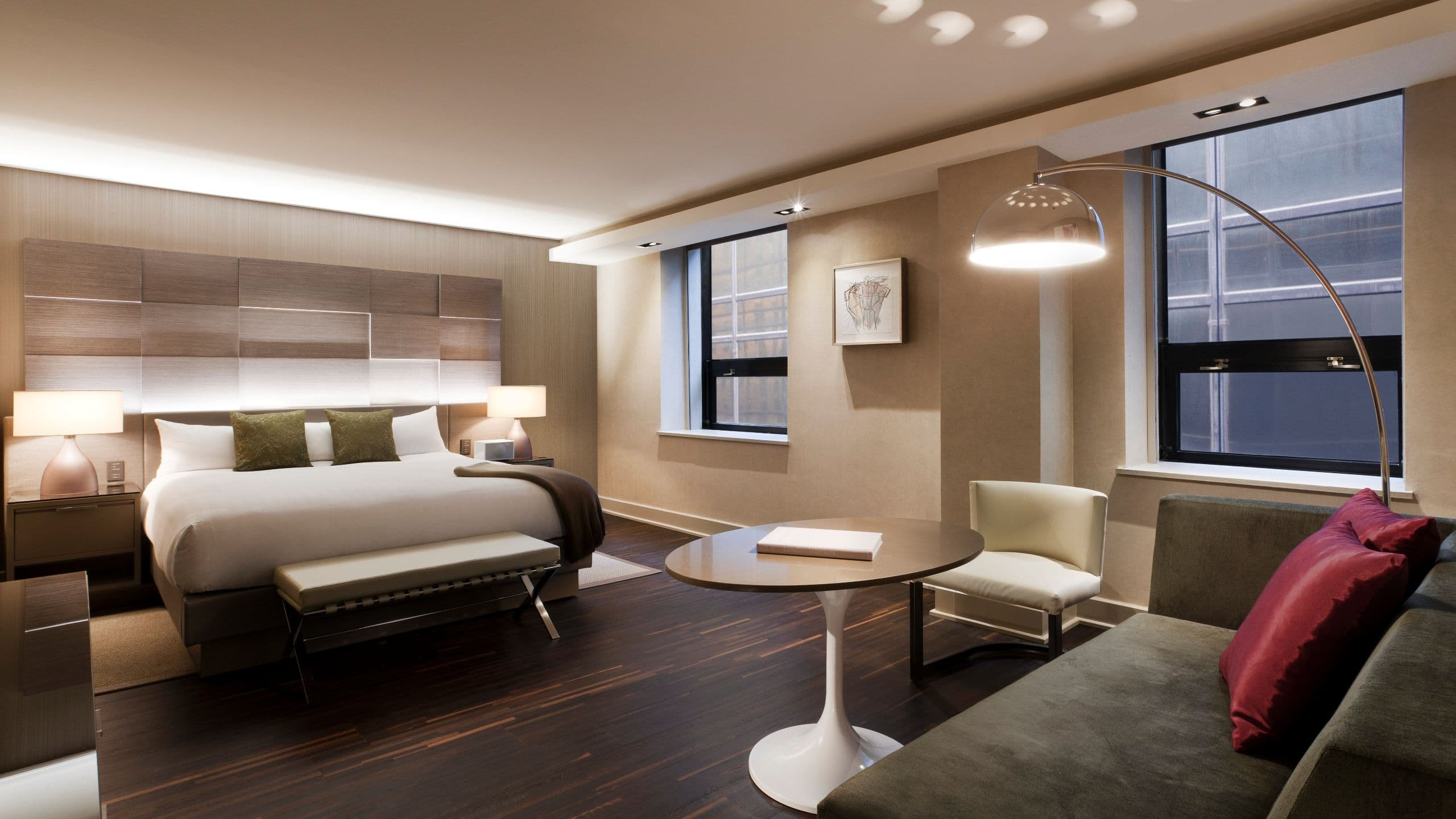 Midtown Manhattan Hotel Connected To Grand Central Terminal