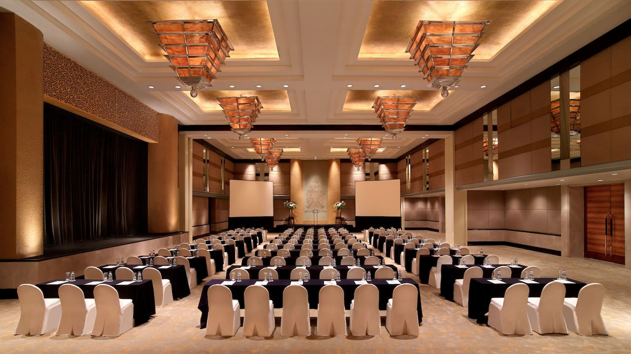 Grand Ballroom Classroom Setup for Meetings The Grand Hyatt Hotel, Jakarta