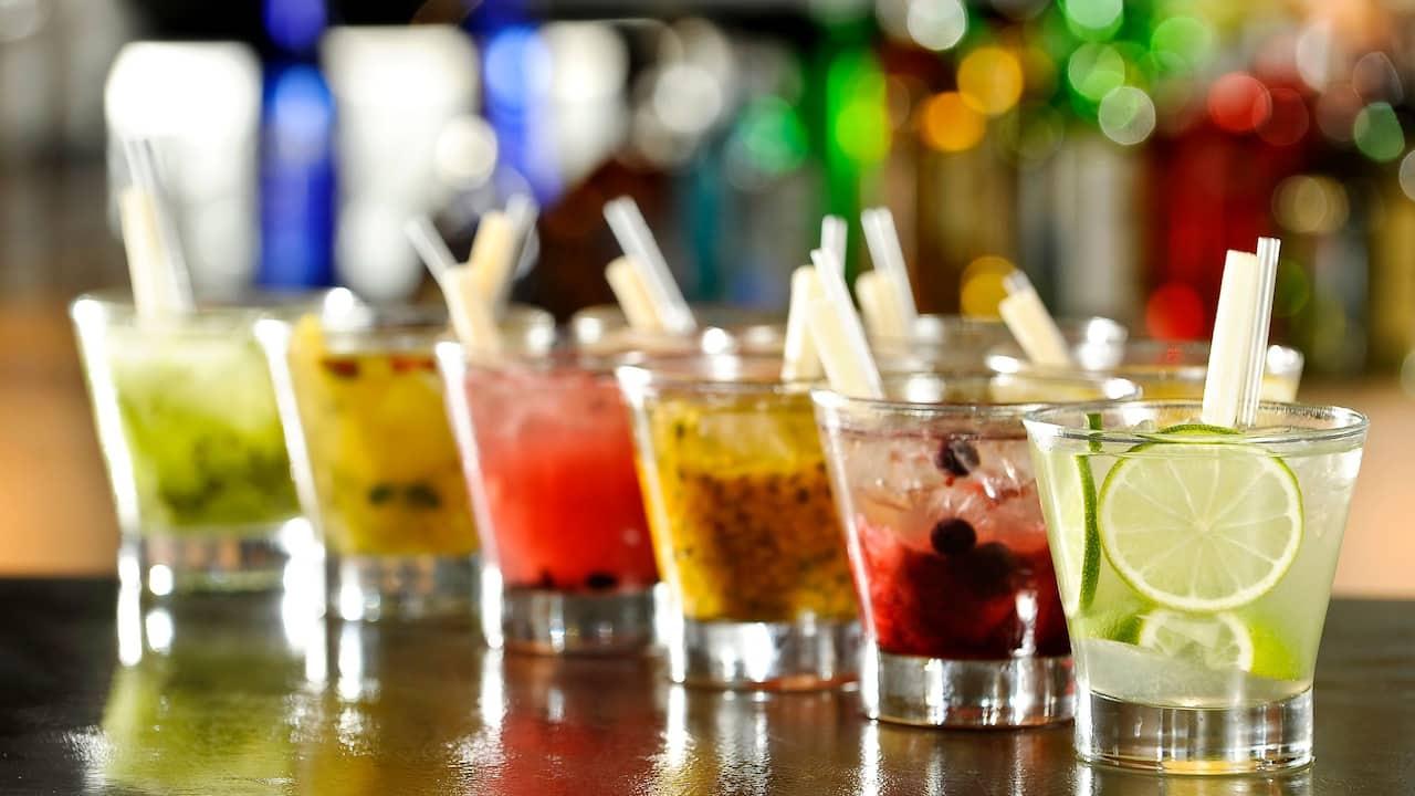 P150-Caipirinhas-Drinks