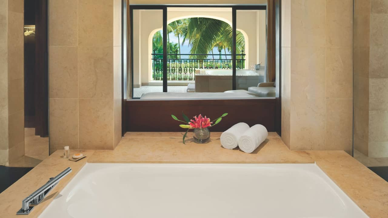 Grand Executive Bathroom
