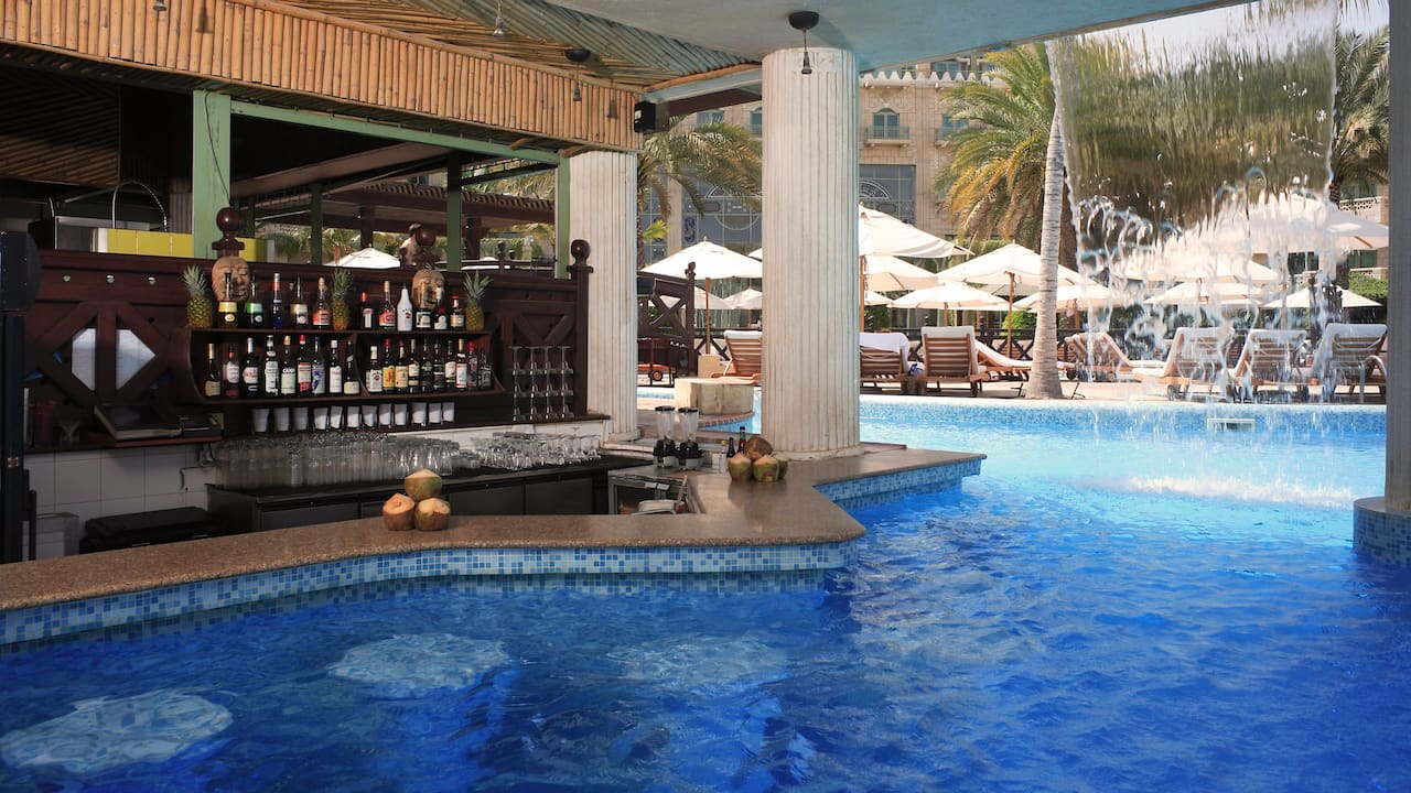 Marjan Poolside Bar