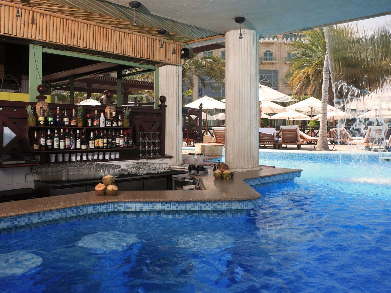 Marjan Poolside Bar