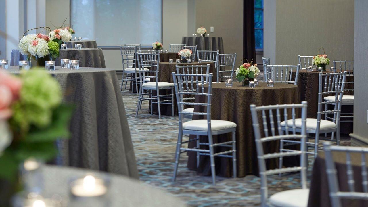 Highland foyer tables
