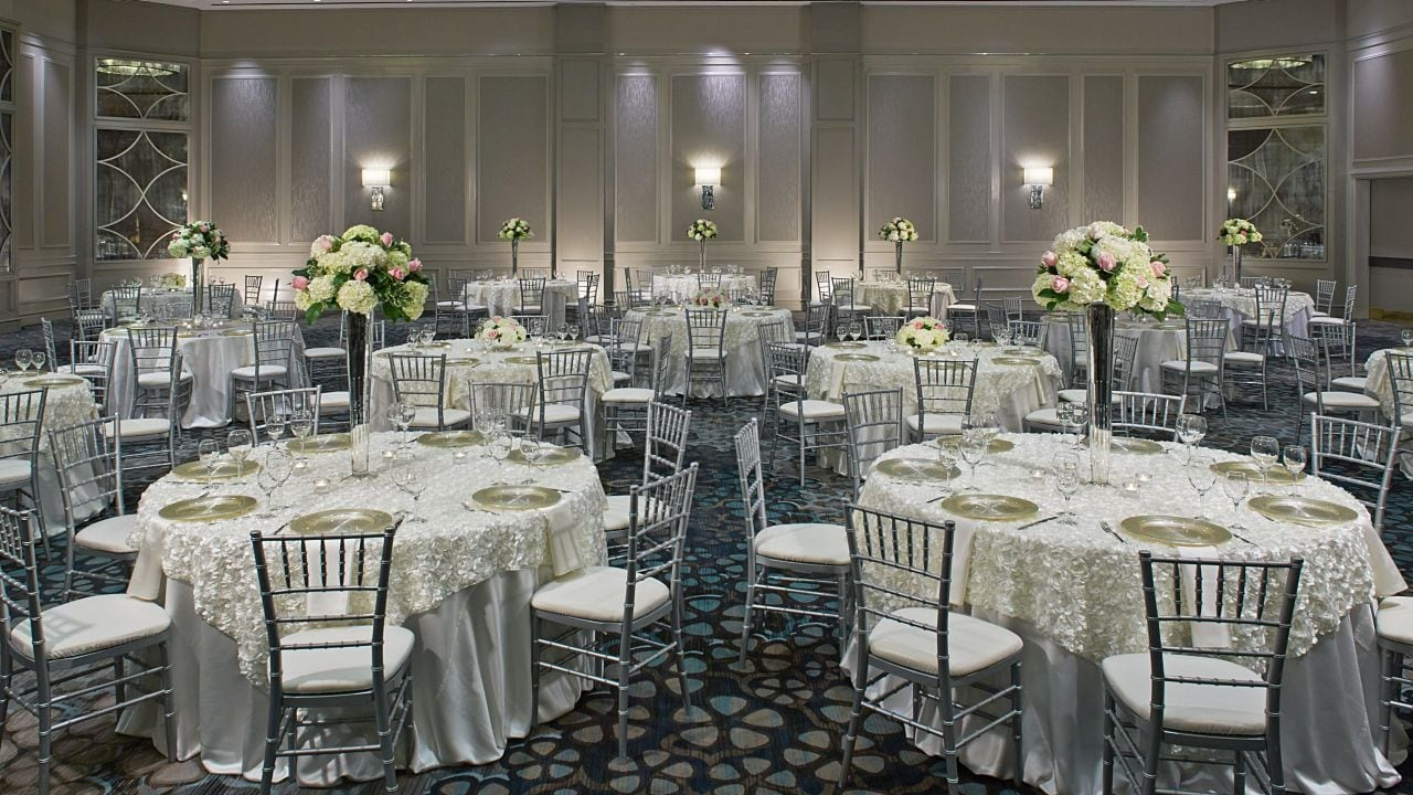 Grand ballroom table set up