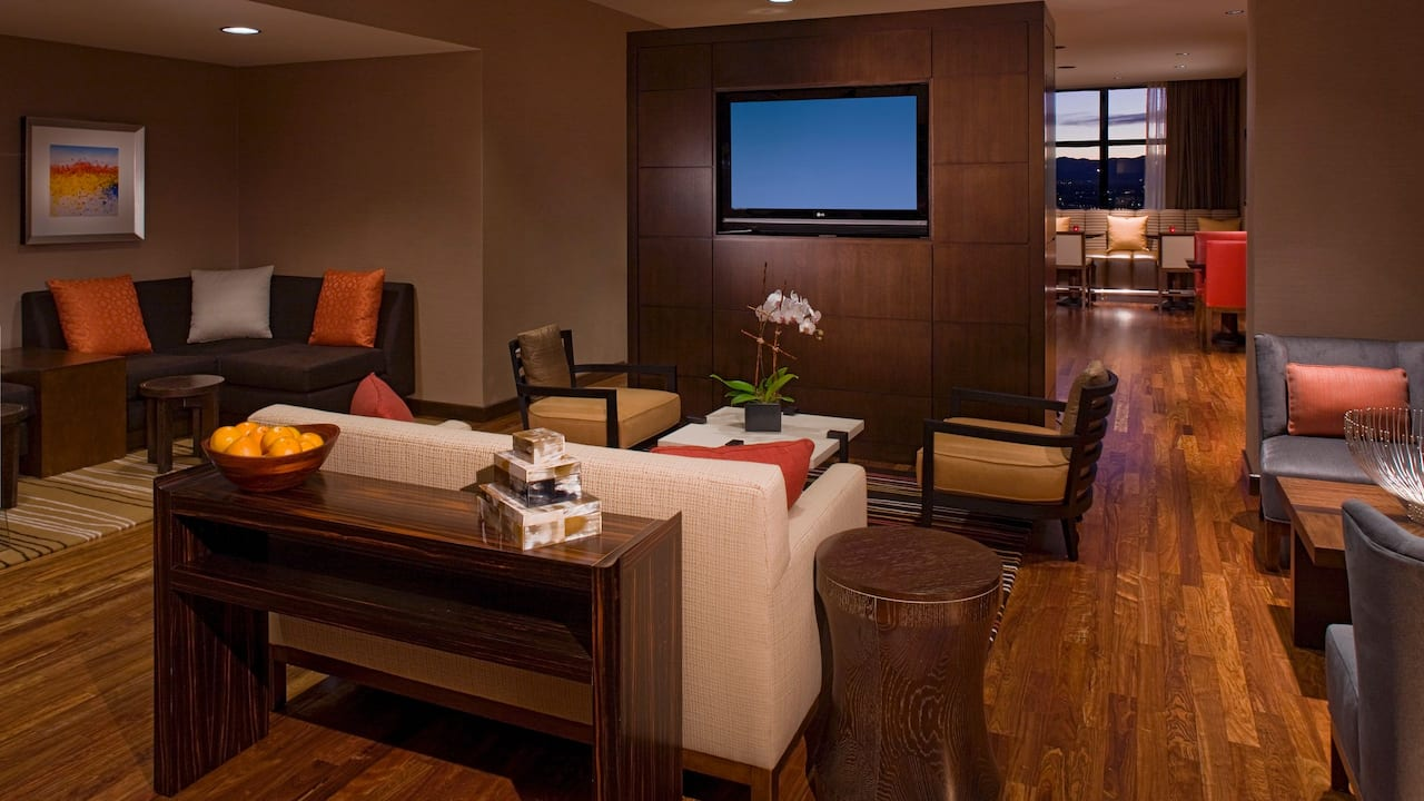 Denver hotel with club lounge at Grand Hyatt Denver