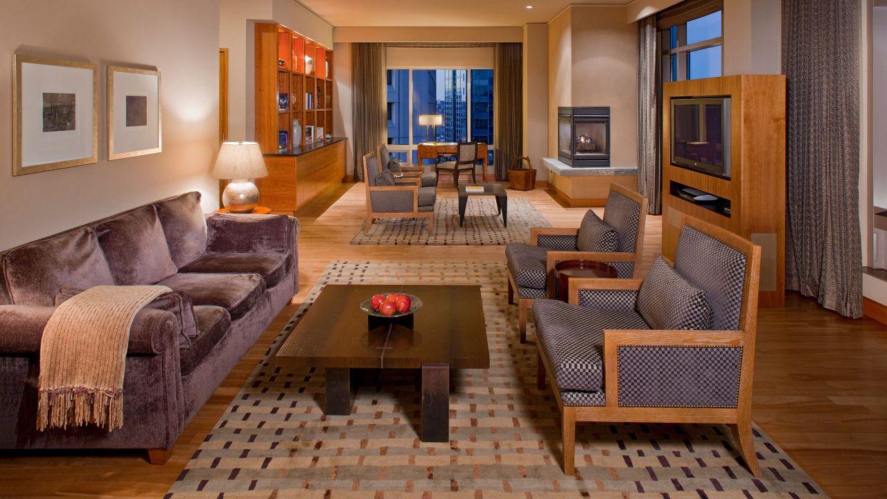 onyx suite