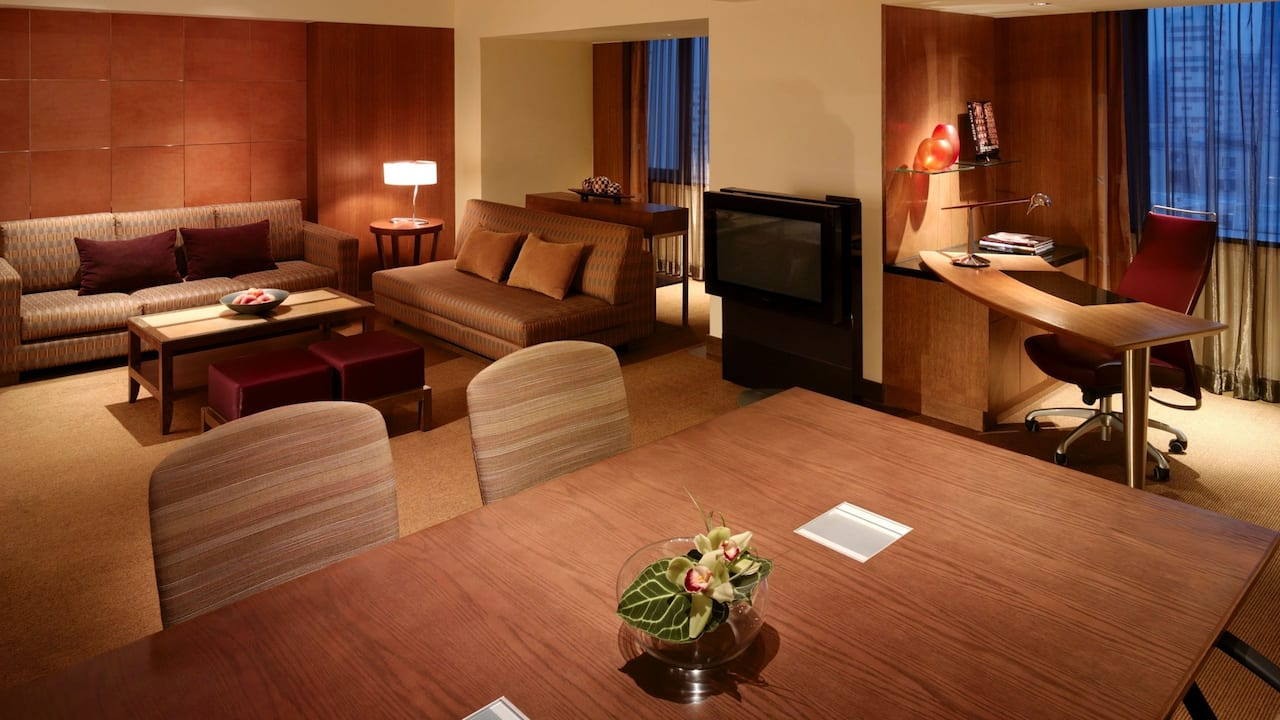 Grand Duplex Suite, 1 king bed & 2 levels of living area, Grand Hyatt Singapore